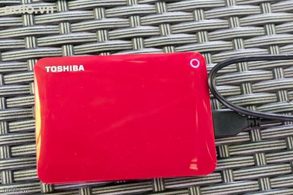 Ổ cứng di động Toshiba Canvio Connect II 3.0 Portable 2TB Đỏ