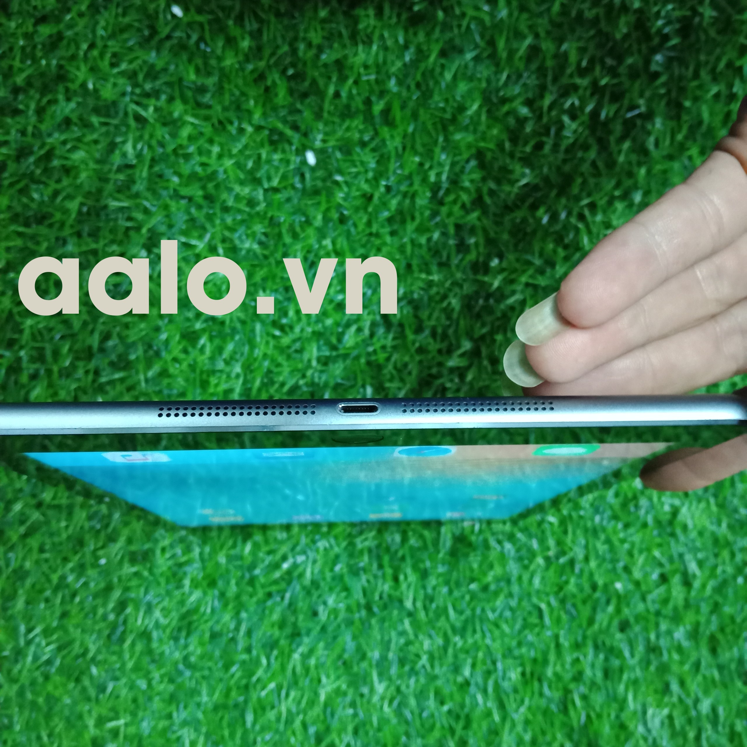Máy tính bảng  iPad Air Wi-Fi + Cellular 16GB