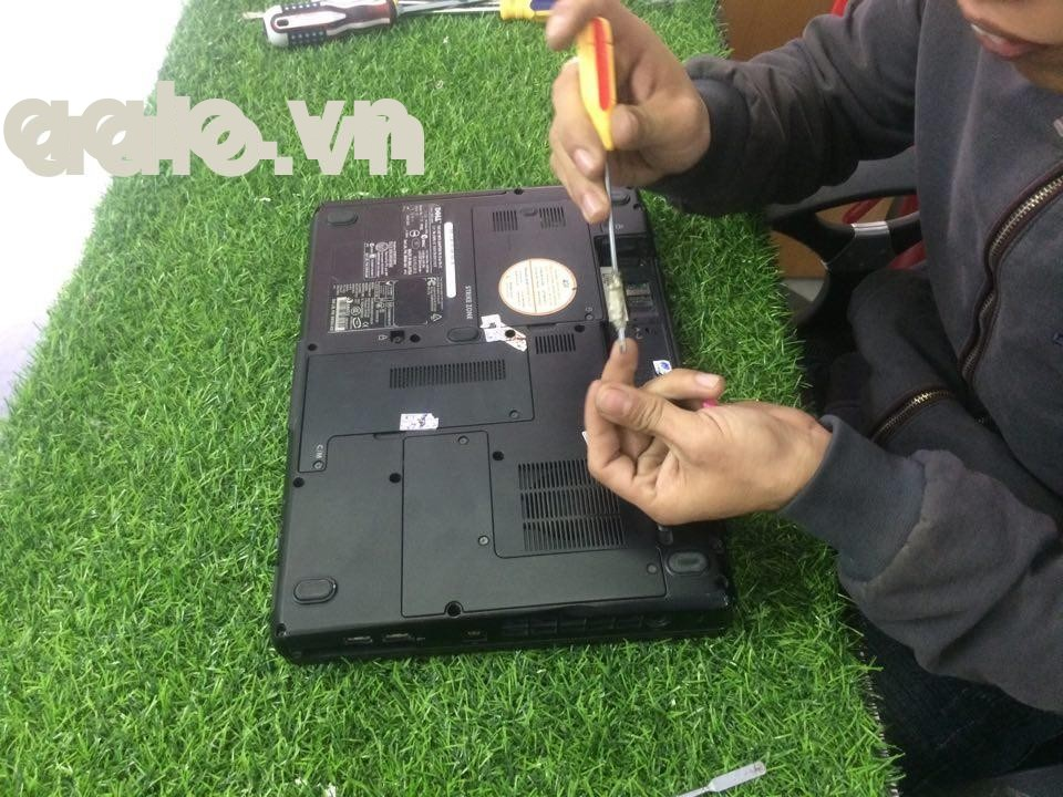Sửa laptop Dell Inspiron 13 7347 7348 3147 3148 -ZIN lỗi ổ cứng-aalo.vn
