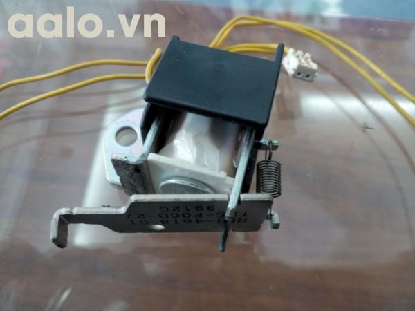 Rơ le đá giấy máy in HP P1505