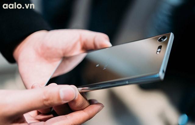 Điện thoại Sony Xperia XZ Premium